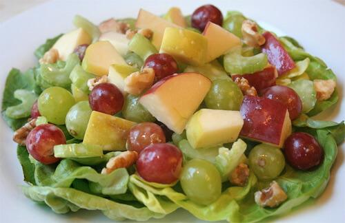 Низкокалорийный диетический салат Вальдорф